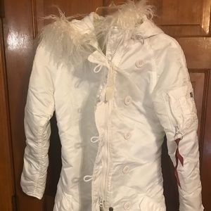 NWT, Alpha Industries White puff women's coat,